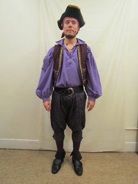 male-ensemble-pirate-2