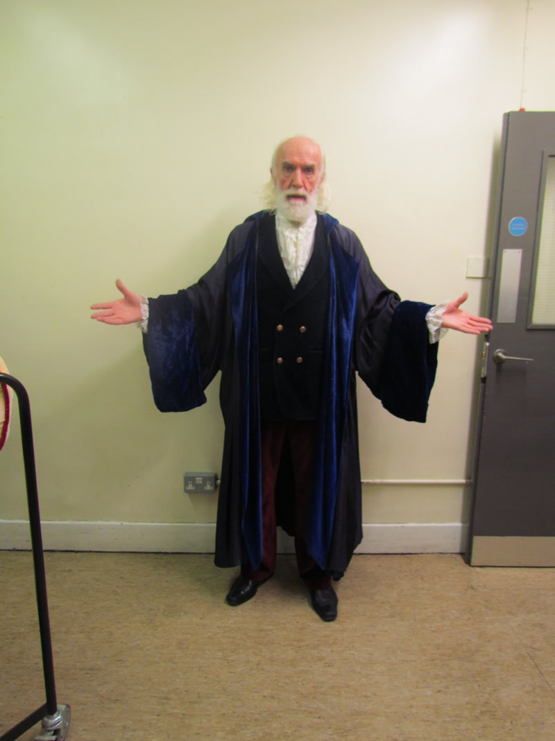 leonardo-professor-with-wizard-robe