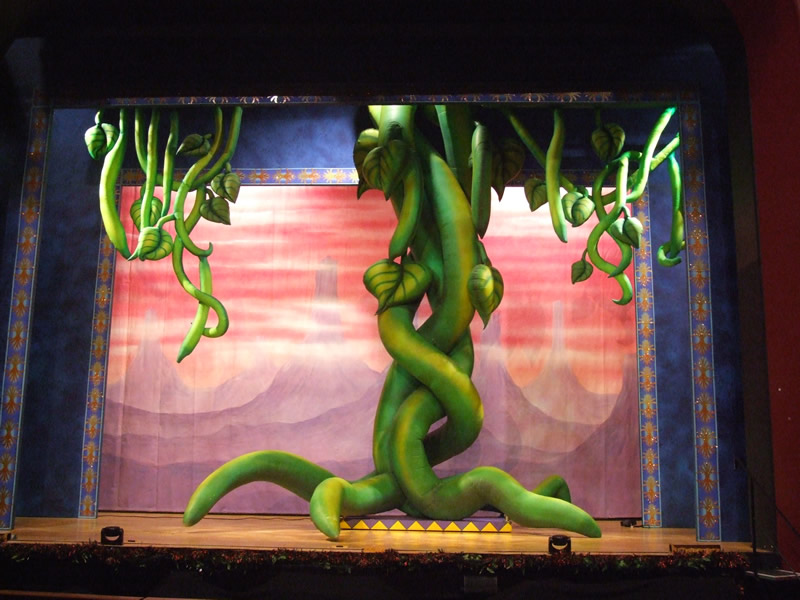 beanstalk-and-tendrils-inflated